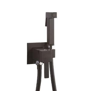MiroEurope SUM11 + SOLR8  черен мат смесител с хигиенен душ