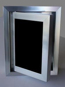 Ревизионна вратичка - Черно стъкло
